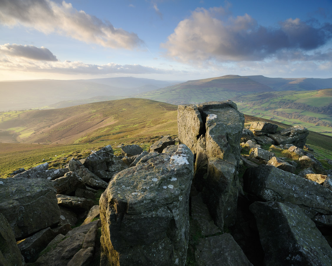 A spectacular view looking west from the top of Sugar Loaf mountain in the Black Mountains, Brecon Beacons, Wales, UK. Image © Stephen Spraggon.
