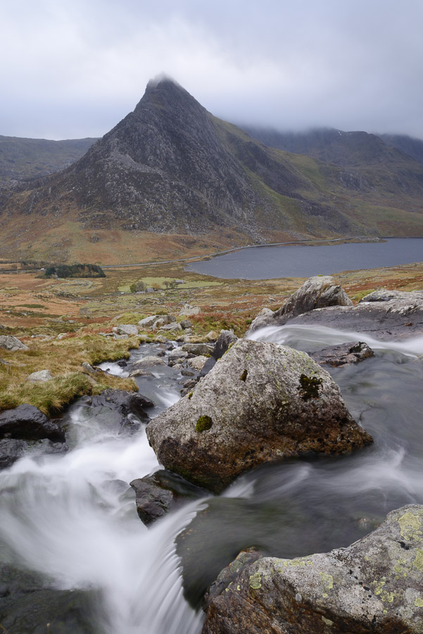 Water cascading down a fall on the Afon Lloer, overlooking the Ogwen Valley and Tryfan in the Glyderau mountain range, Snowdonia, Wales. Image © Stephen Spraggon.