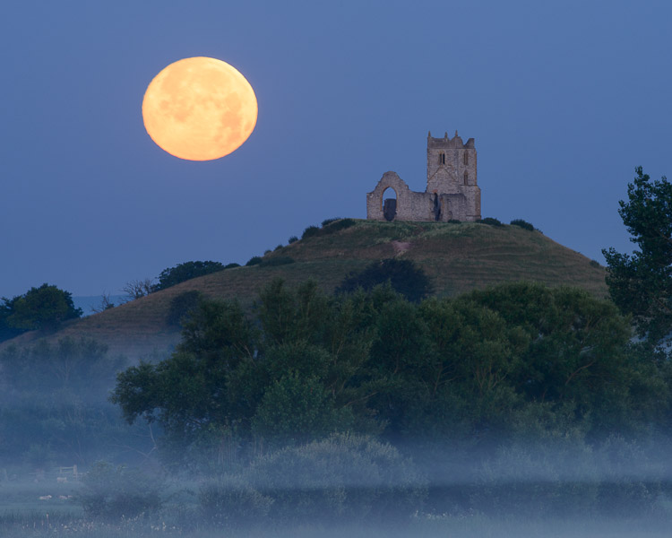 The Morning Moon and the Misty Mump